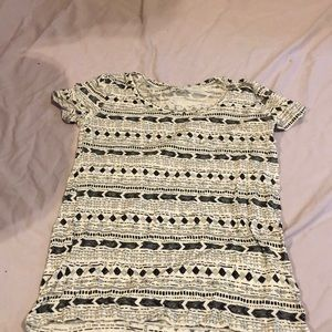 Black and white tribal print top new with tags